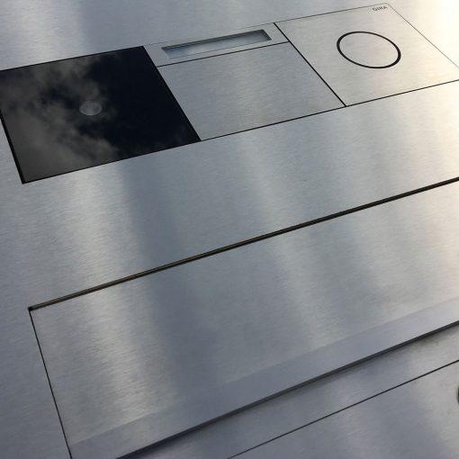 letterbox Designbriefkasten stainless steel flush-mount Gira 106